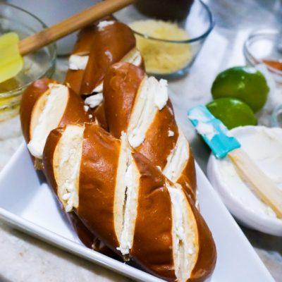 pretzel roll