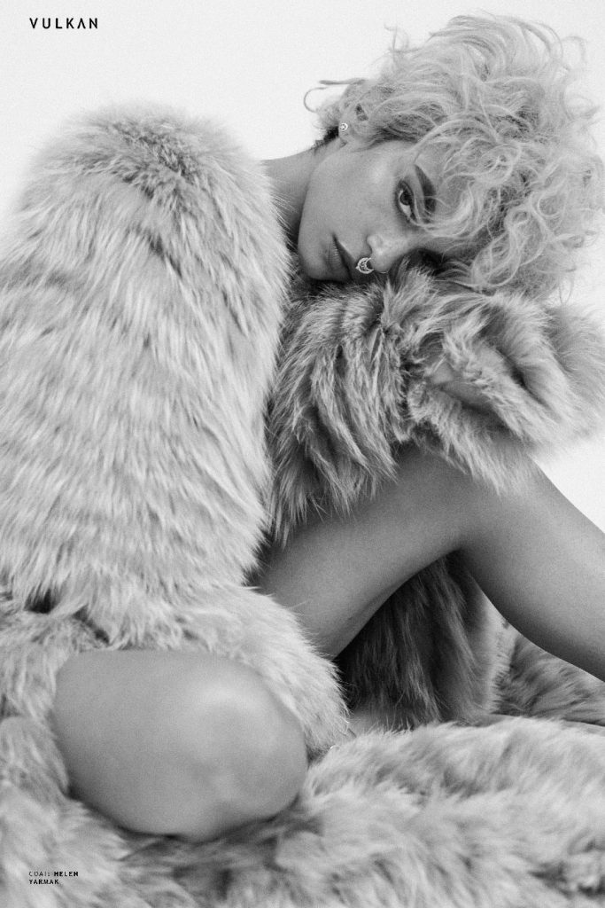 Quiñ_styled_by_celebrity_stylist_Raven_Roberts